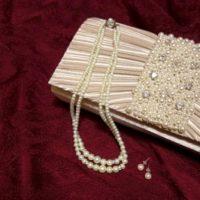 結婚式のバッグの中身を紹介。袱紗が入らないときの対処法。