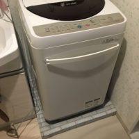 洗濯機の下のカバーをダンボールと100均で手作り!簡単な作り方を紹介!